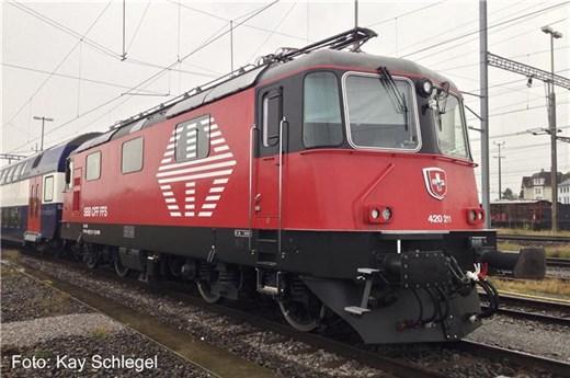 fischer-modell 21011904 - Re 420 LION SBB Digital